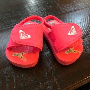 🍁3 for 20🍁 Roxy baby sandals